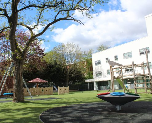 Active-landscapes-playground-equiptment-CS-Queensmill SEN School, synthetic grass and all ages play