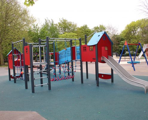 Active-landscapes-playground-equiptment-CS Whittington Park, steel multi unit with wetpour safer surface 2